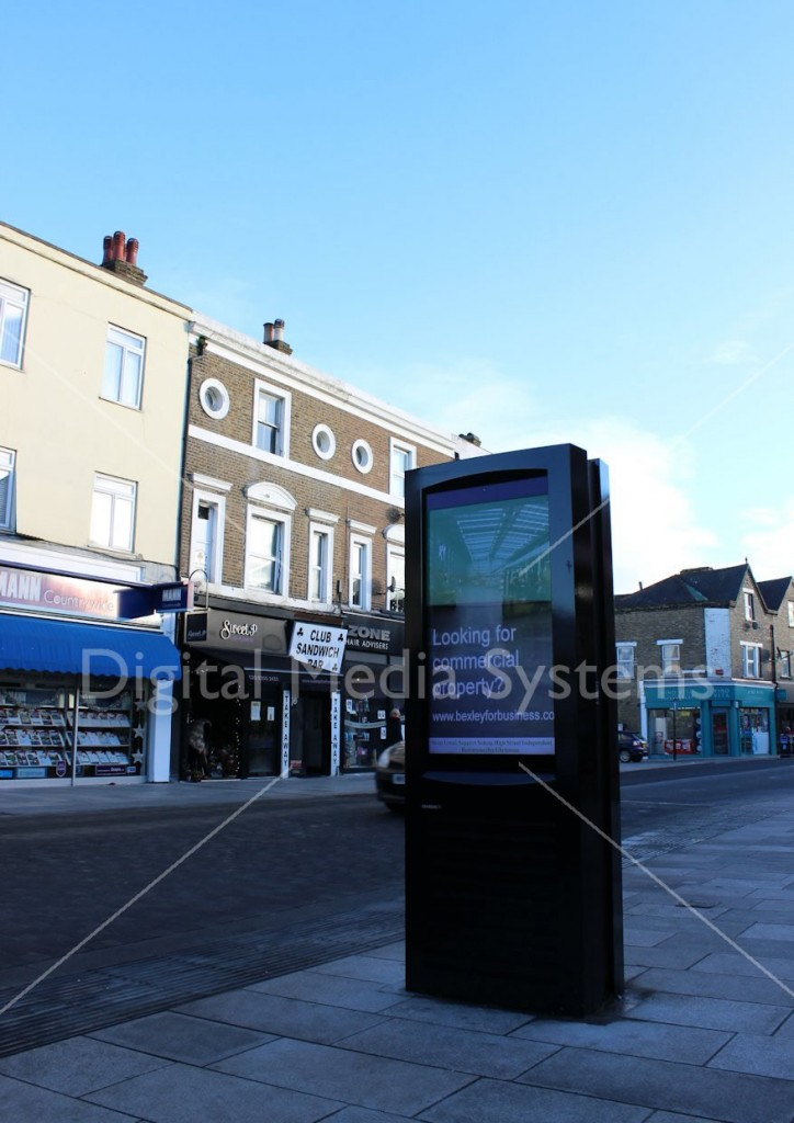 Sidcup electronic outdoor advertising board