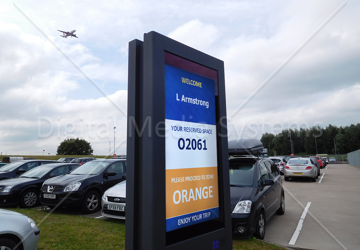 """Glasgow Airport offsite parking screen 47"""" totem"""
