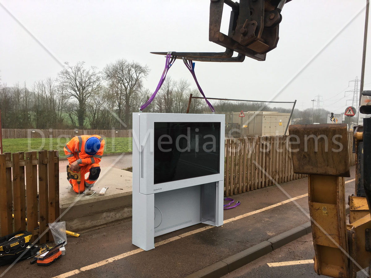 Tarmac Digital Sign Quorn totem display screen being installed