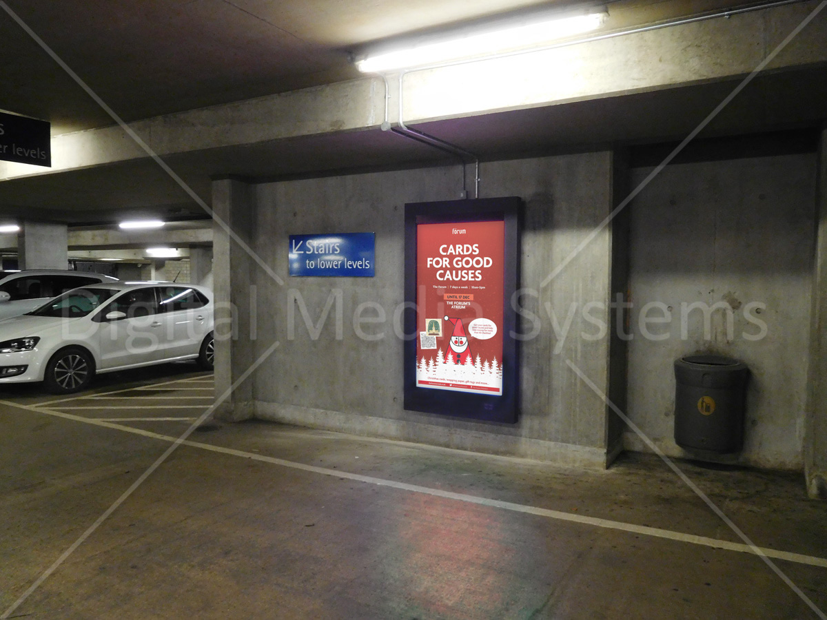 Large Wall Mount Car Park Advertising Screen