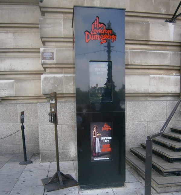 Failed – London Dungeon Outdoor Display