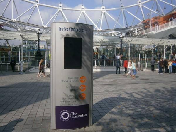 Failed London Eye outdoor screen