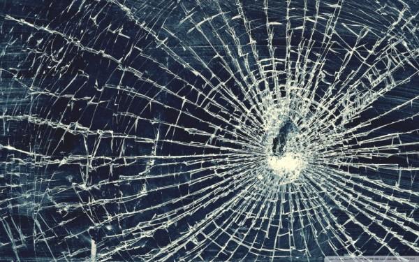 Anti Vandal Test: Totem Glass drop test 42KG/3m